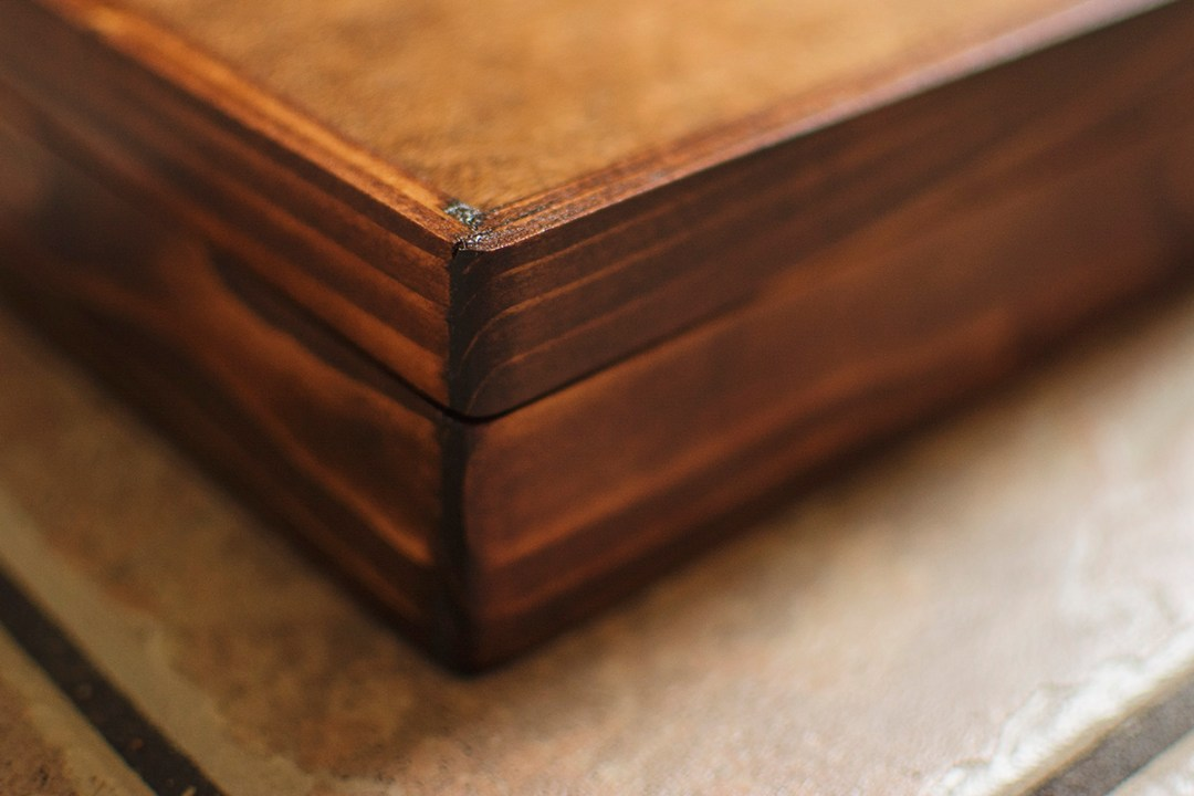 Handcrafted Wood Photo Box   Grand Junction Wedding Photographer