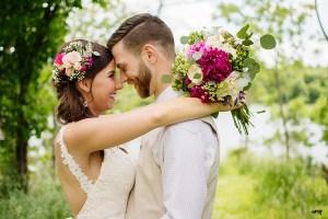 bride and groom #gardenwedding