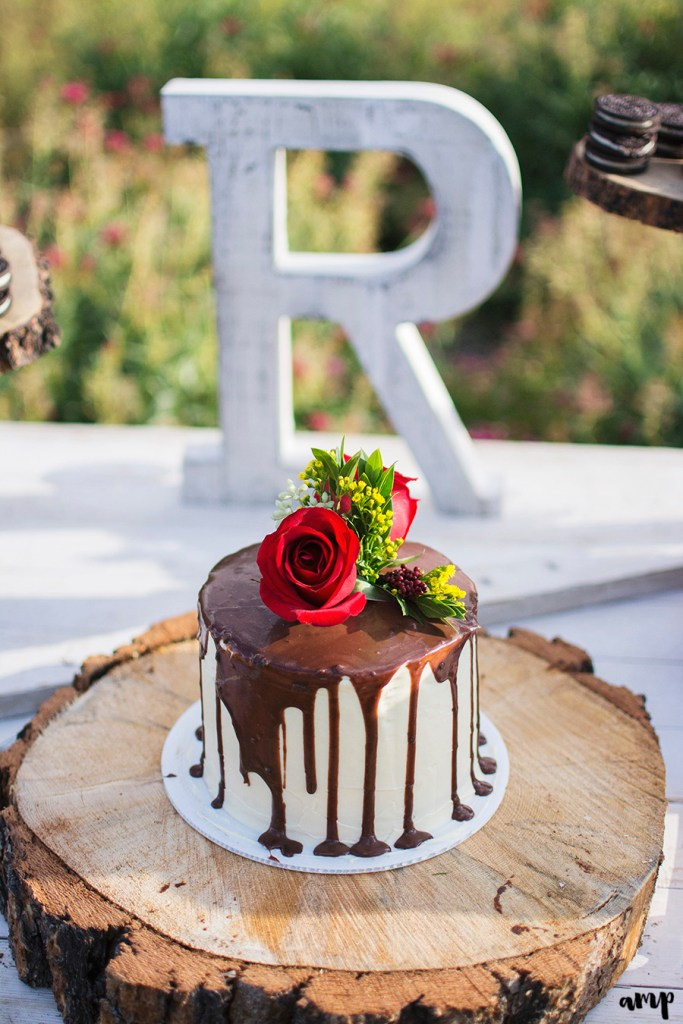 Small Drip Cake | Simply Cakes by Camberly (photo by amanda.matilda.photography)