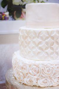 Geometric Fondant Cake | Simply Cakes by Camberly (photo by amanda.matilda.photography)