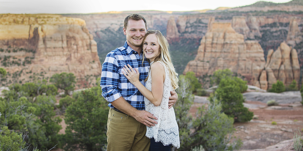 Colorado National Monument Engagement Couple | Grand Junction