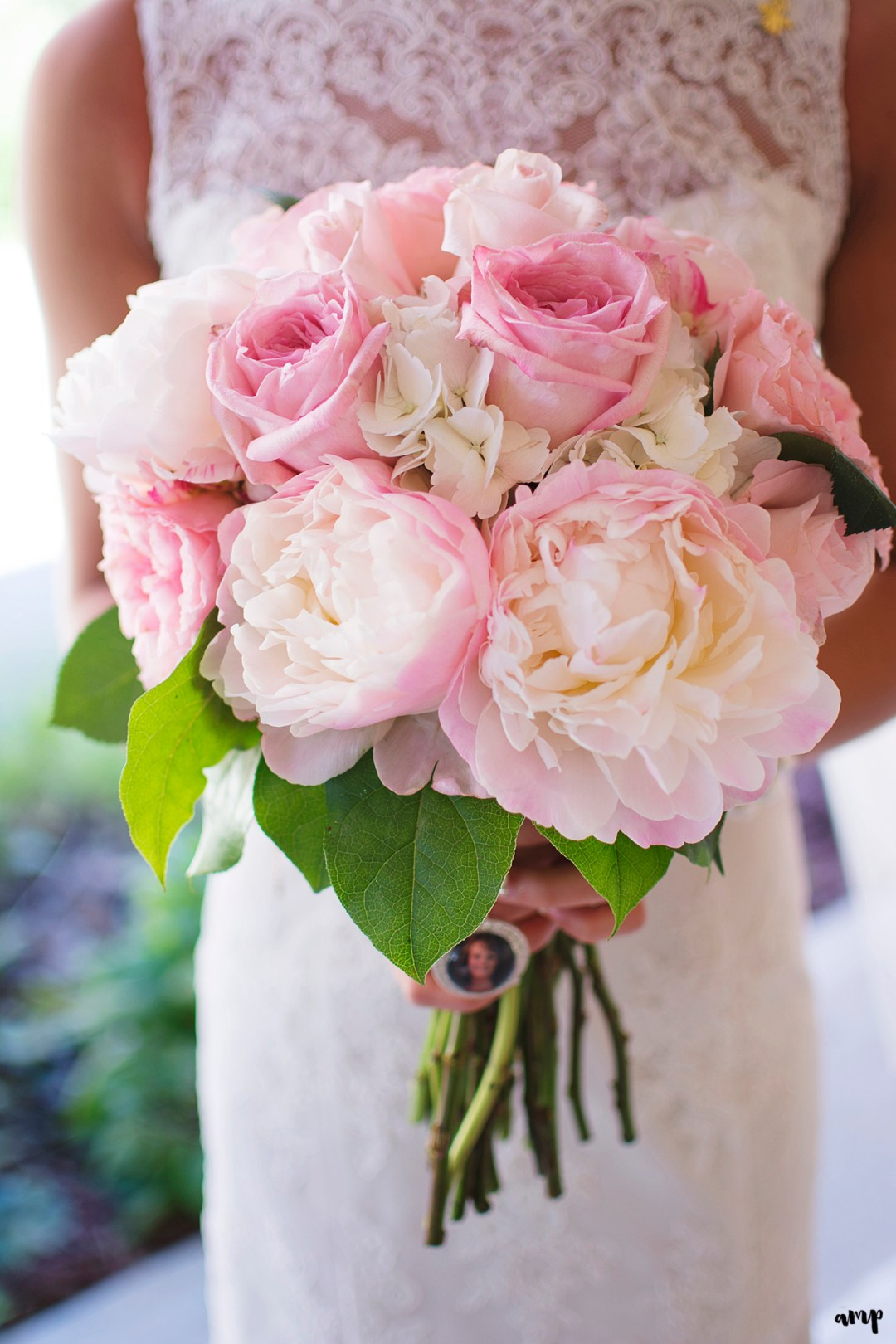 Pink and gold wedding bouquet