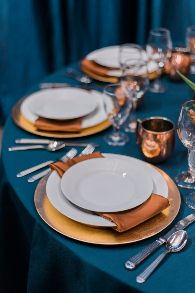 Tablescape with rentals from Elite Events   Grand Junction weddings   amanda.matilda.photography