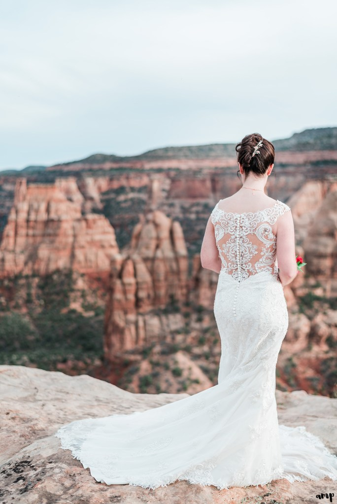 Mike & Amy's Spring Elopement on the Colorado National Monument in Grand Junction   amanda.matilda.photography