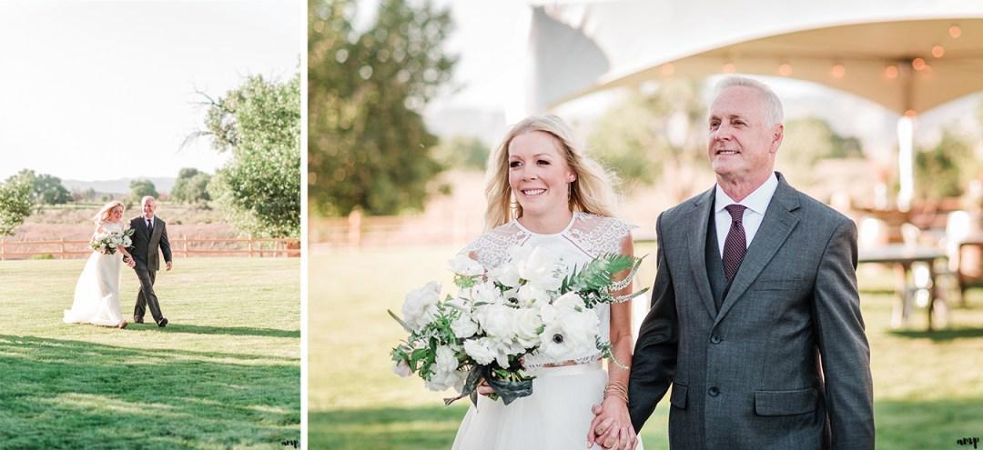 Beth and her dad walking to the ceremony | Grand Junction Backyard Wedding | amanda.matilda.photography