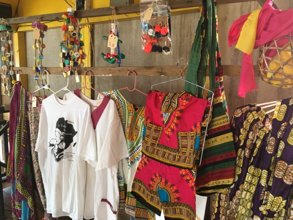 Garifuna gifts in Roatan - clothing, jewelry, various items for sale