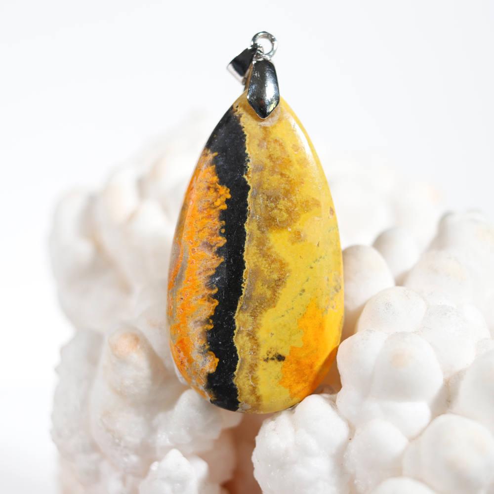 Modèle 2, pendentif en jaspe bumblebee