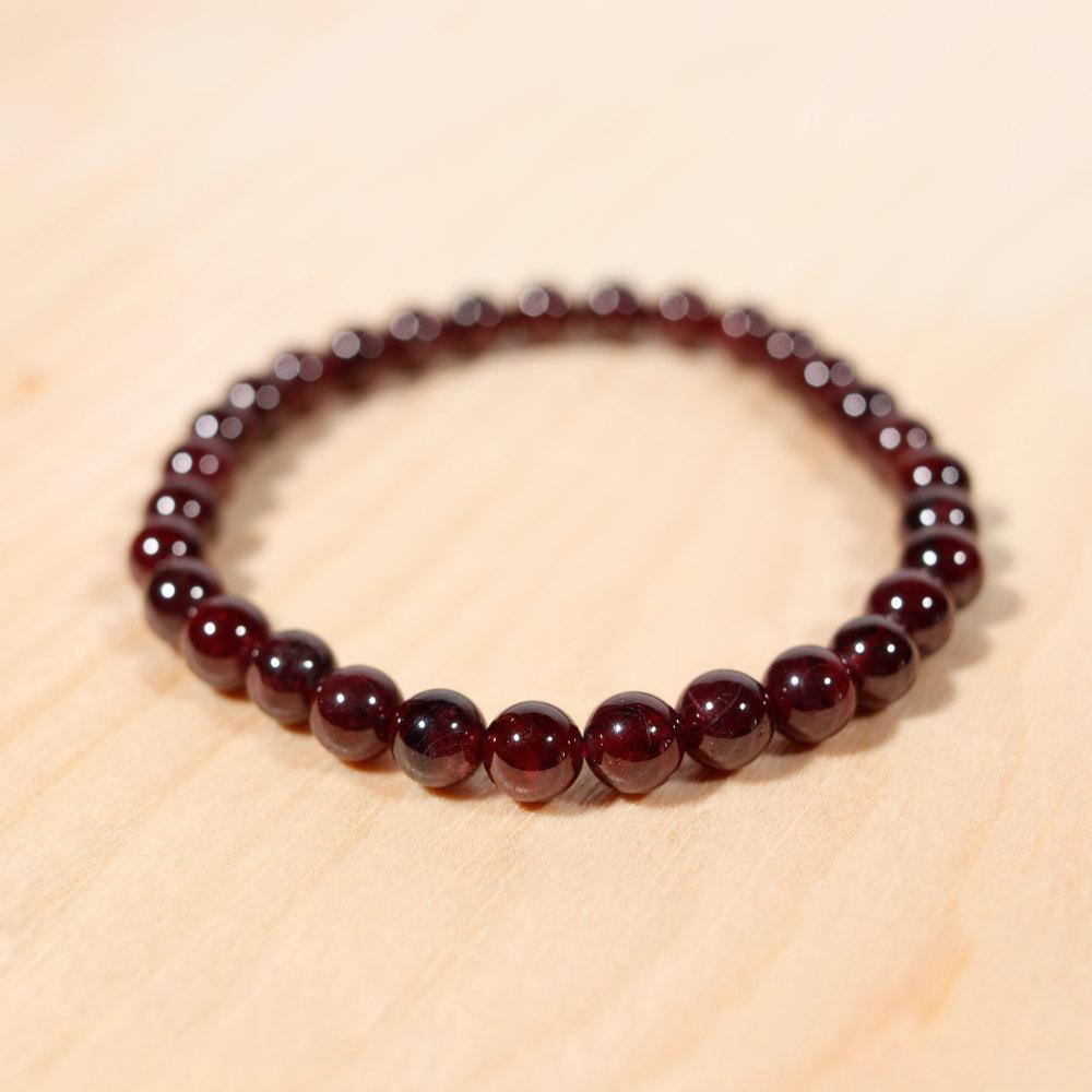 Bracelet en grenat almandin, perles en 6 mm
