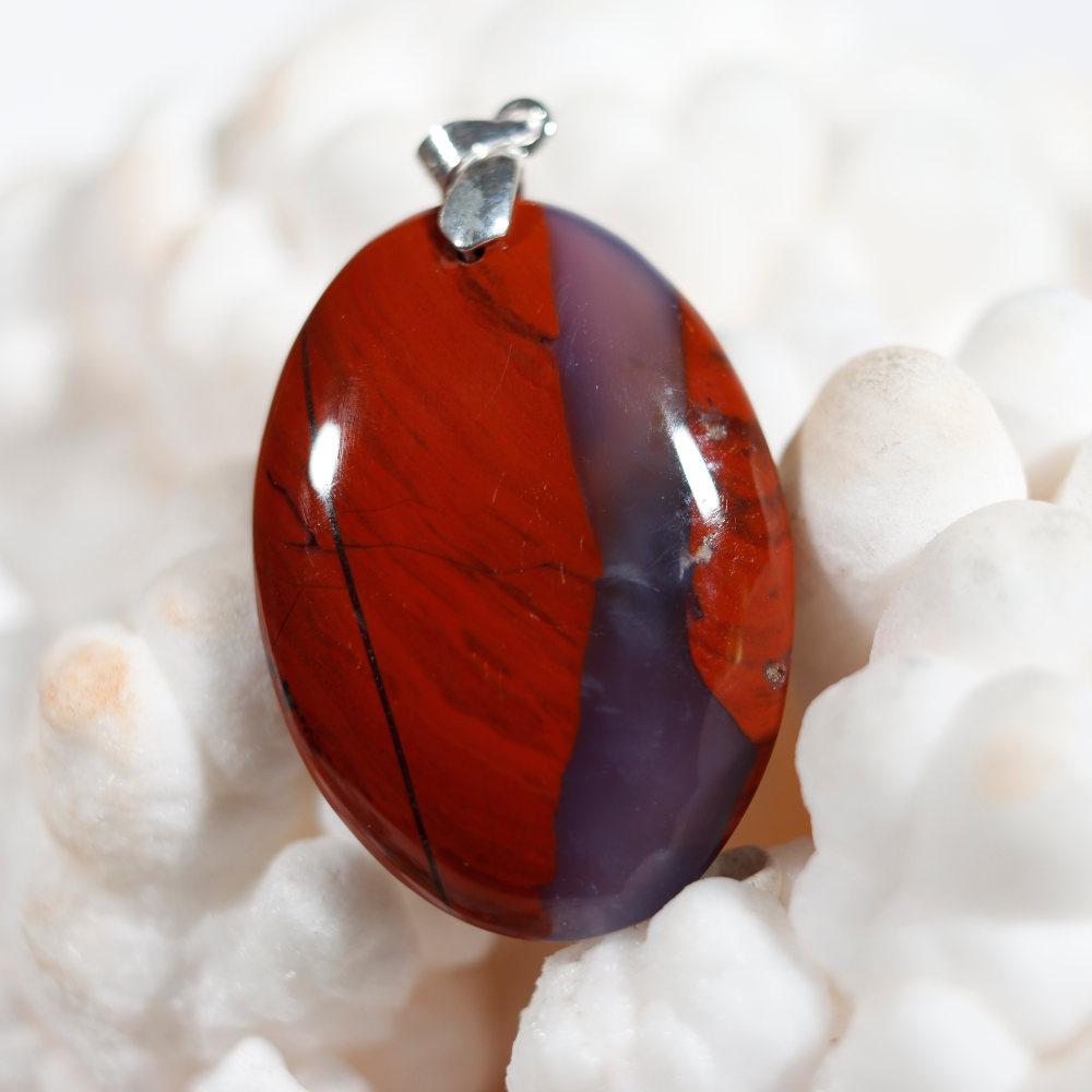 Modèle 3 de pendentif en jaspe rouge