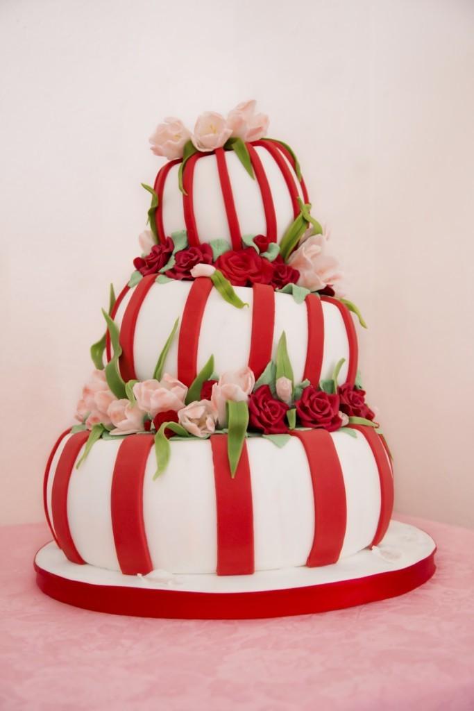 Foto Torte nuziali forma A pi piani