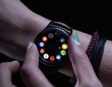 "Samsung Gear S2 ""Dial In"""