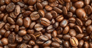 FreeGreatPicture.com 15665 coffee and coffee beans close up