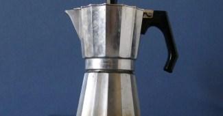 Cafetera italiana o moka, la preferida de los maestros del café