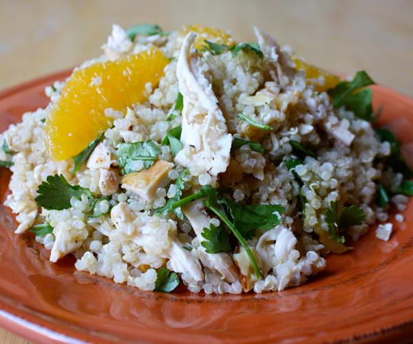 Poulet à l'orange avec quinoa et noix de grenoble