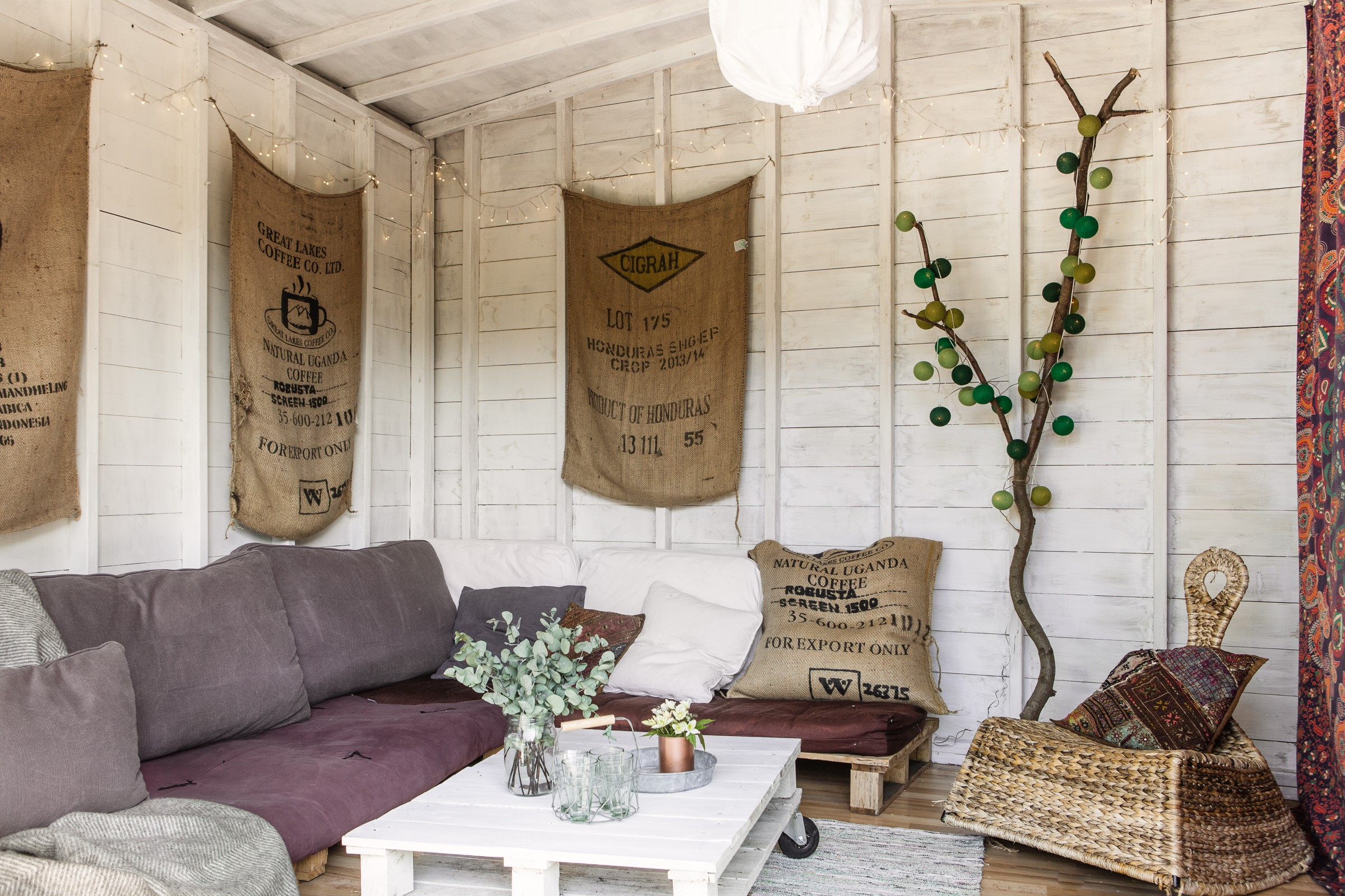 23 Sublime Summer House Ideas To Spruce Up Your Garden Home Design
