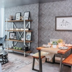Best Wallpaper For Small Living Room Wood Flooring Ideas Discover The Trends 2018 From Textured Dynamic Prints To Chinoiserie Is Being Used Reinvigorate Blank Wall Spaces
