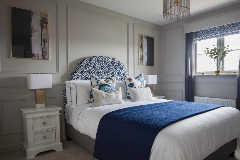 Bedroom Decorating Ideas With White Furniture