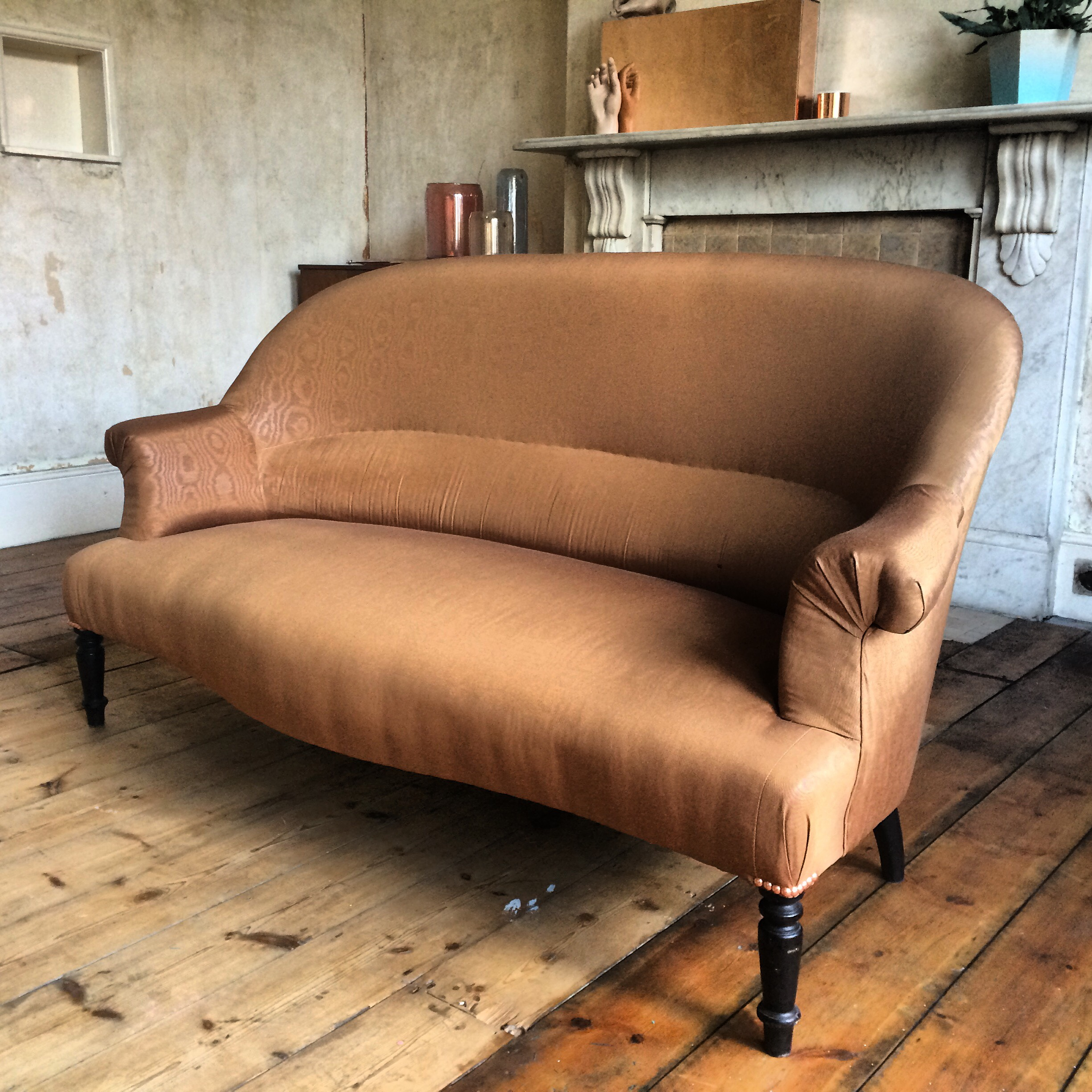 toptip bettsofa guest buy sofa bed uk how to decorate with dulux s color of the year cherished gold top tip pair a sky blue for an inviting yet sophisticated interior