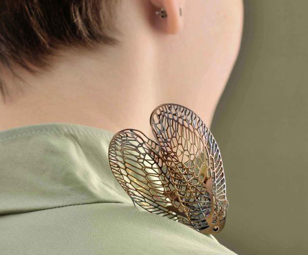 Broche Demoiselle de acero..Andrea Vaggione