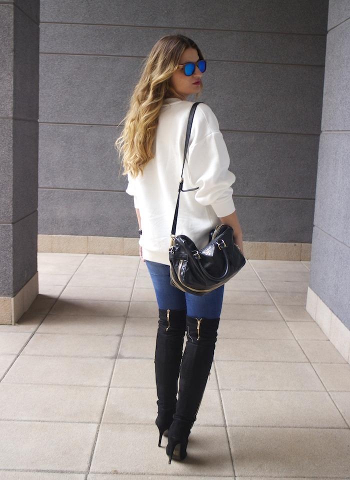 sudadera Zara abstracta botas pilar burgos prada bag amaras la moda 9