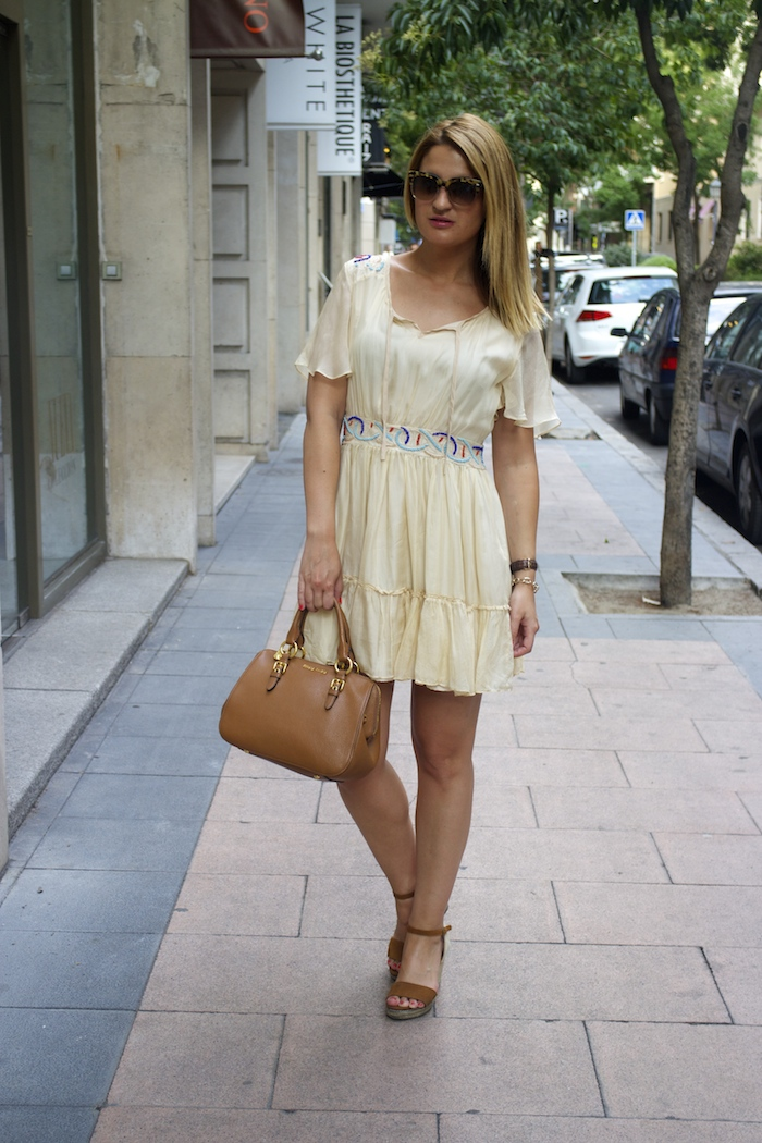 vestido bdba gucci sunnies Miu Miu bag Amaras la moda paula fraile 2
