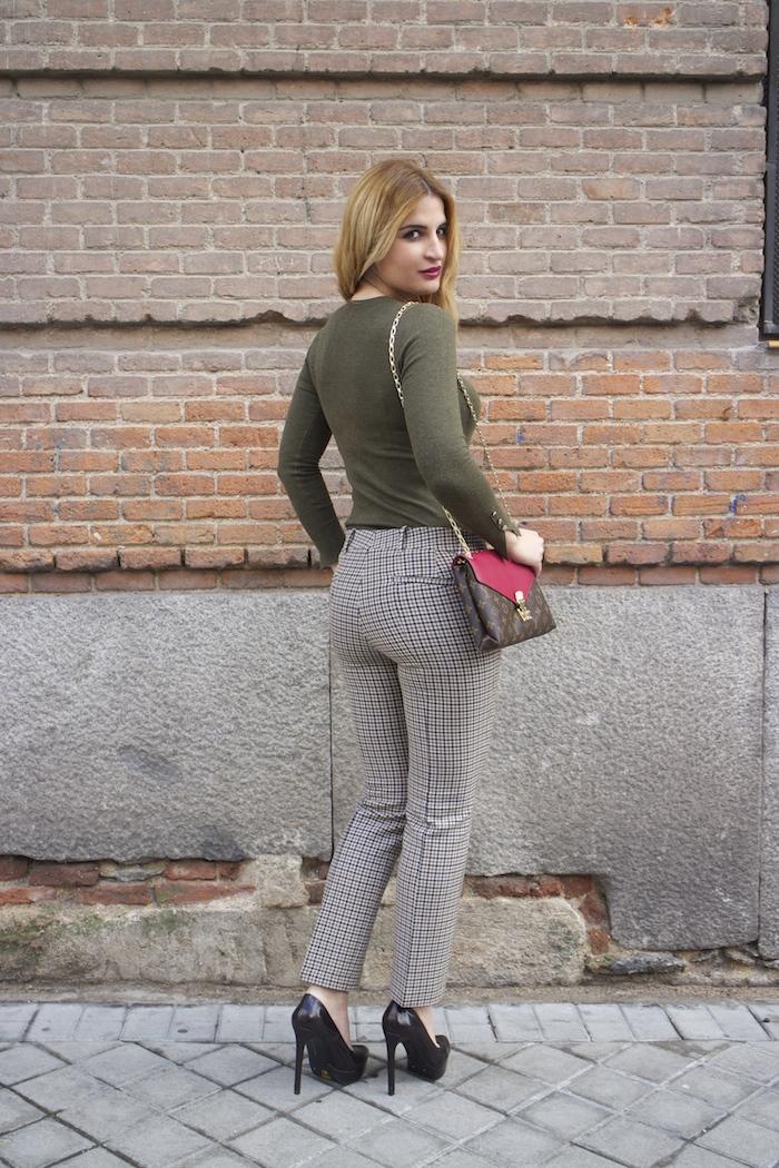 louis vuitton bag zara pants amaras la moda Paula Fraile4