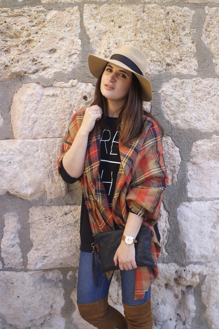 embajadora-henry-london-look-jeans-pasmina-cuadros-paula-fraile-amaras-la-moda5