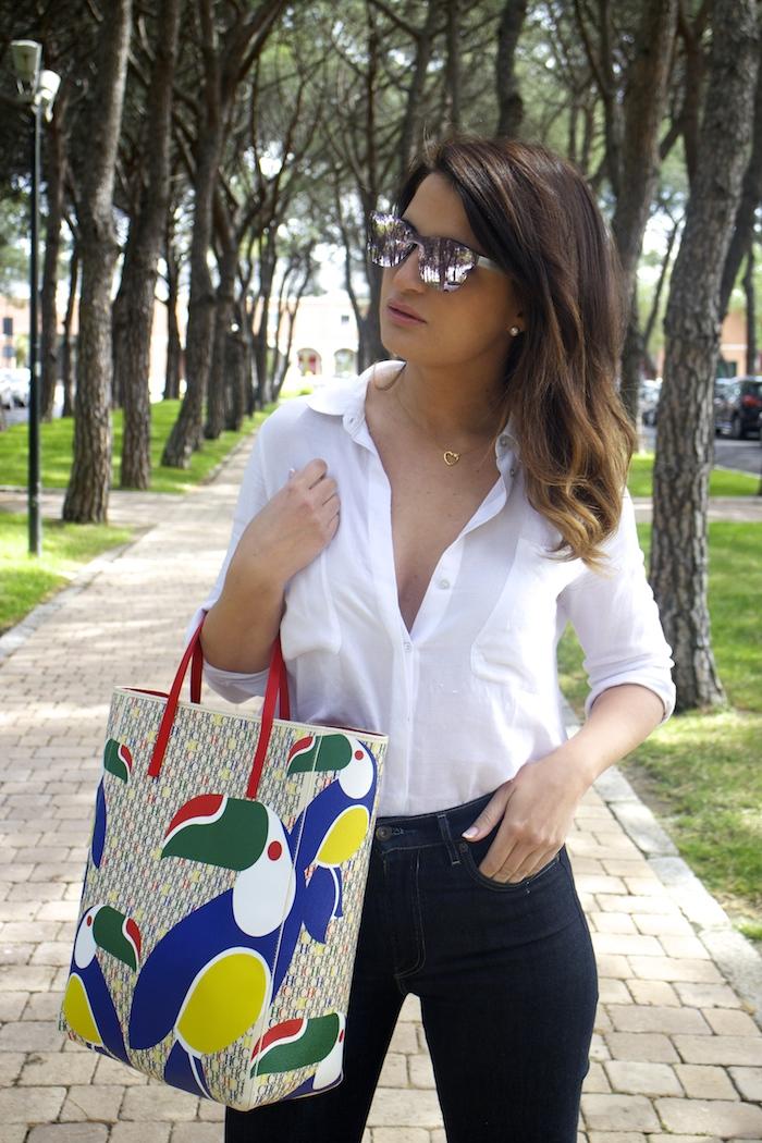 sunper sunglasses amaras la moda paula fraile Carolina Herrera bag