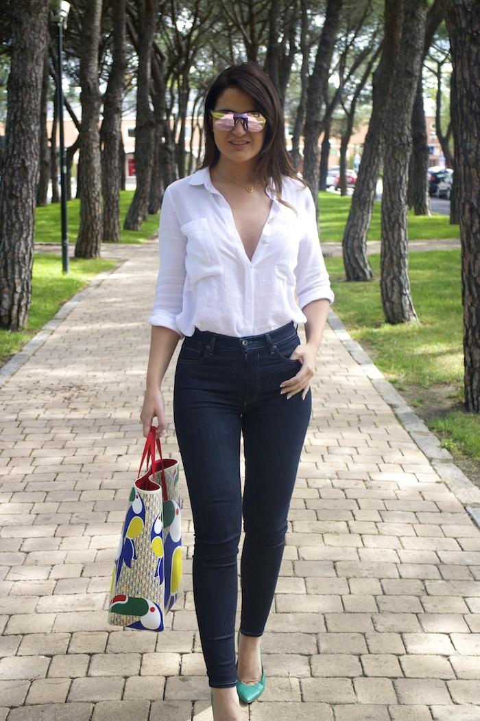 sunper sunglasses amaras la moda paula fraile Carolina Herrera bag7