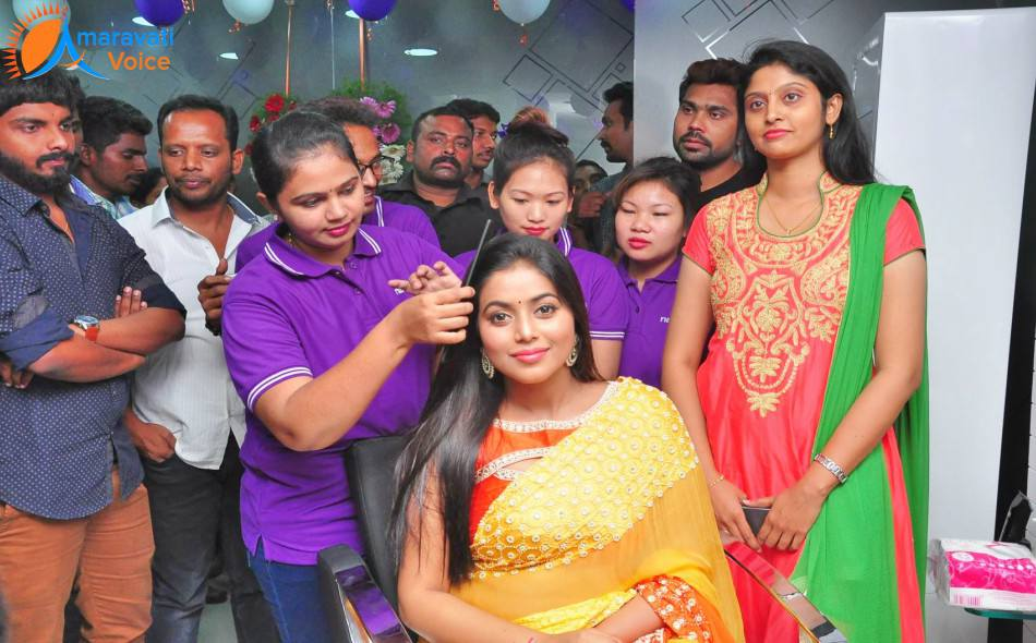 Naturals Family Beauty Salon  Spa Opened by Cine Actress Poorna in Vijayawada  News