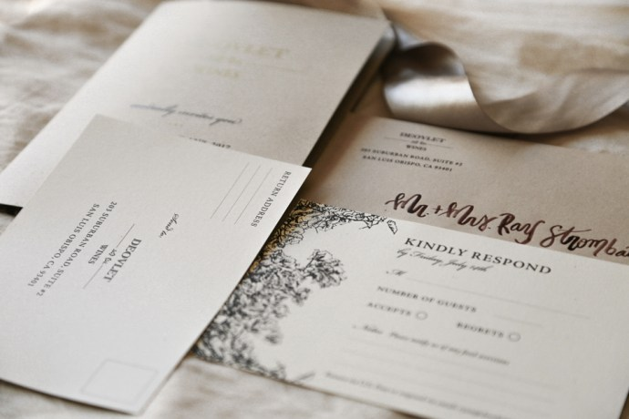 Custom Invitation Suite Design for Templeton based Winery Deovlet Wines by Amarie Design Co.