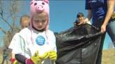 รักษ์โลก เด็กทำความดี เก็บขยะ