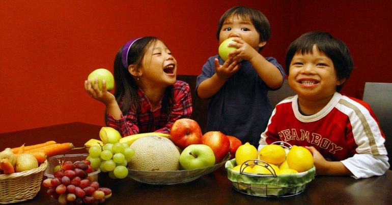 กินผลไม้ตอนท้องว่าง