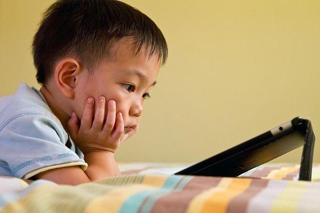เลี้ยงลูกอย่างไรให้ไกลโรคสมาธิสั้น