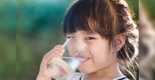 การดื่มน้ำเพื่อสุขภาพ