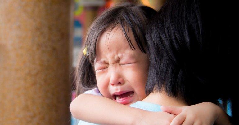 ทำไมลูกร้องไห้