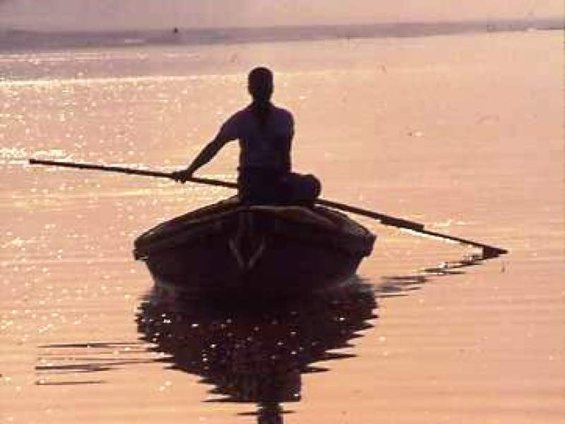 Ganges fisherman homeward bound