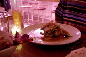 20041129_peep_dinner_adams_entree
