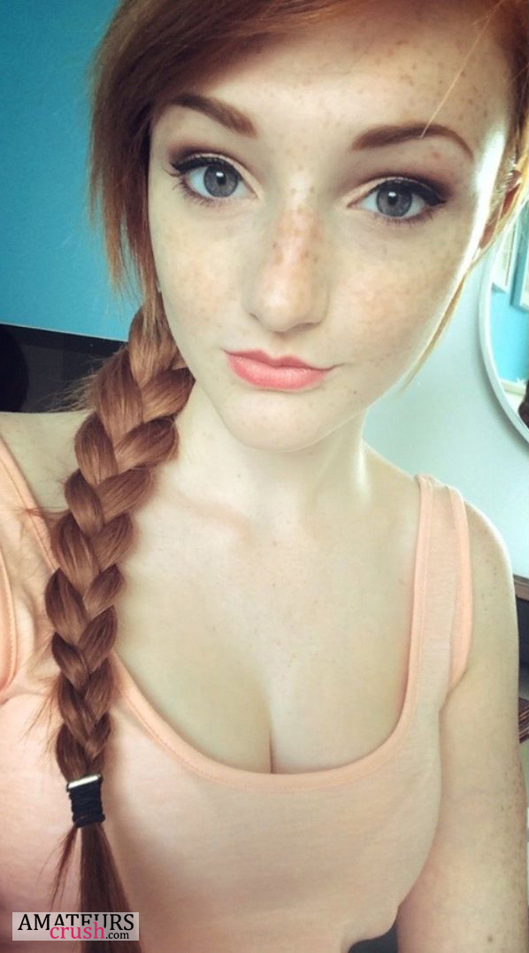 Imagine This Hot Natural Redhead Standing In Front Of Your Bedroom Door Biting Her Lips In Her Sexy Mini Skirt This Girl Knows How To Give A Fucking Sexy