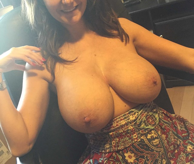 Nude Milf Pics  Super Hot And Horny Big Tits Milf Collection