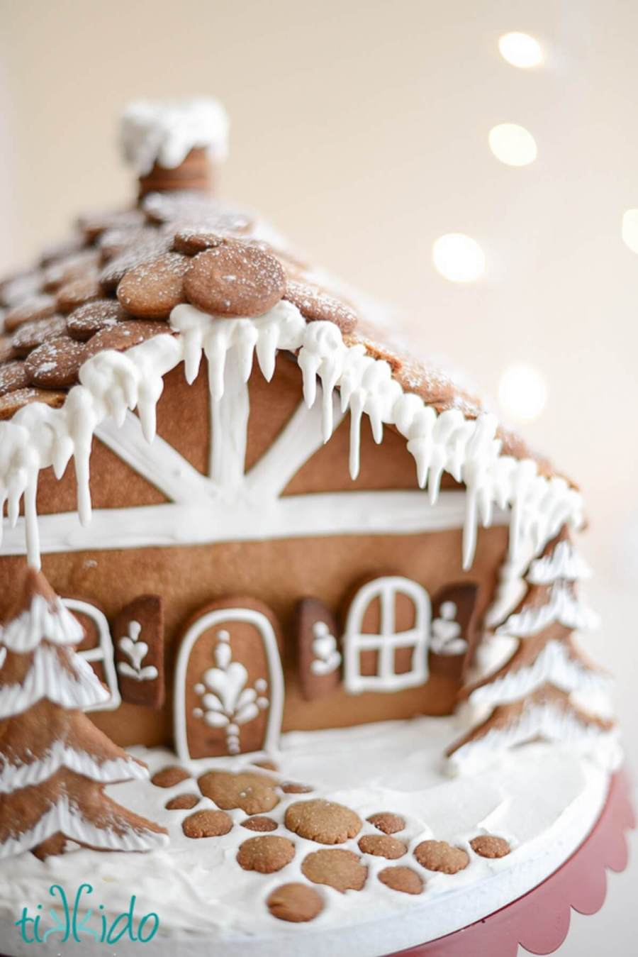 Cute Gingerbread House Ideas for Christmas - Holidays | A Matter of Style