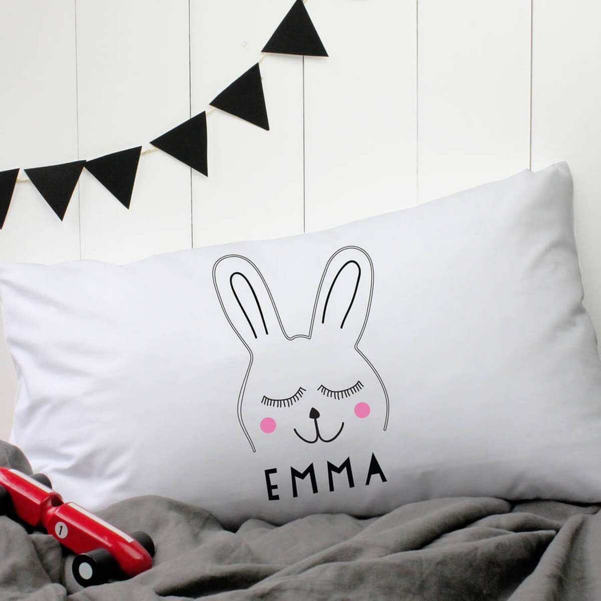 Beautifully decorated pillows add a cherry on top to any room of the house. It doesn't matter if you actually intend to sleep on the pillow or just have it as a décor, plain white pillows are out.