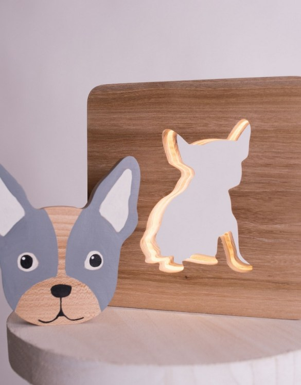 Shake up baby's playtime with the Bulldog Wood Toy, created especially for clutching hands and curious mind.