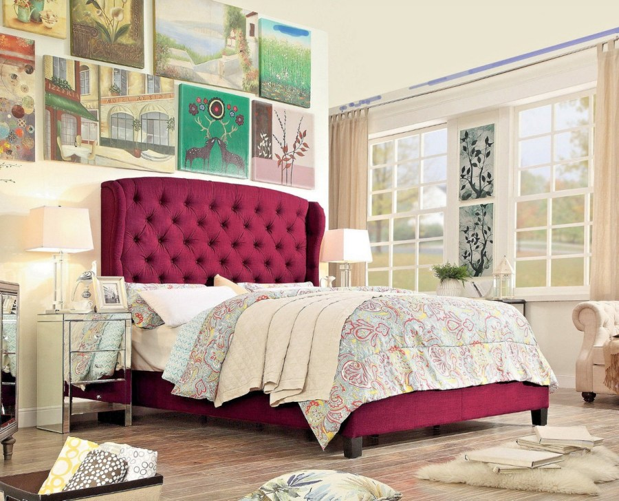 Can a bedroom go without a headboard? Sure, but there is no denying that headboards have a great impact on the interior!