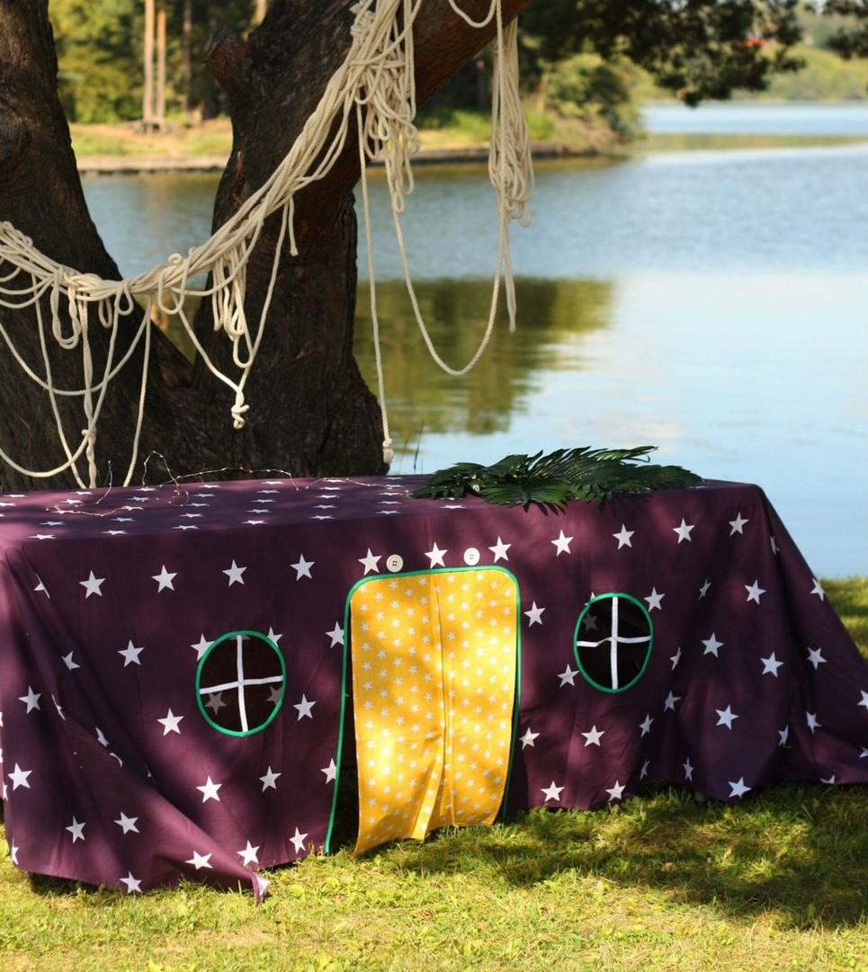 West Star Tablecloth Playhouse