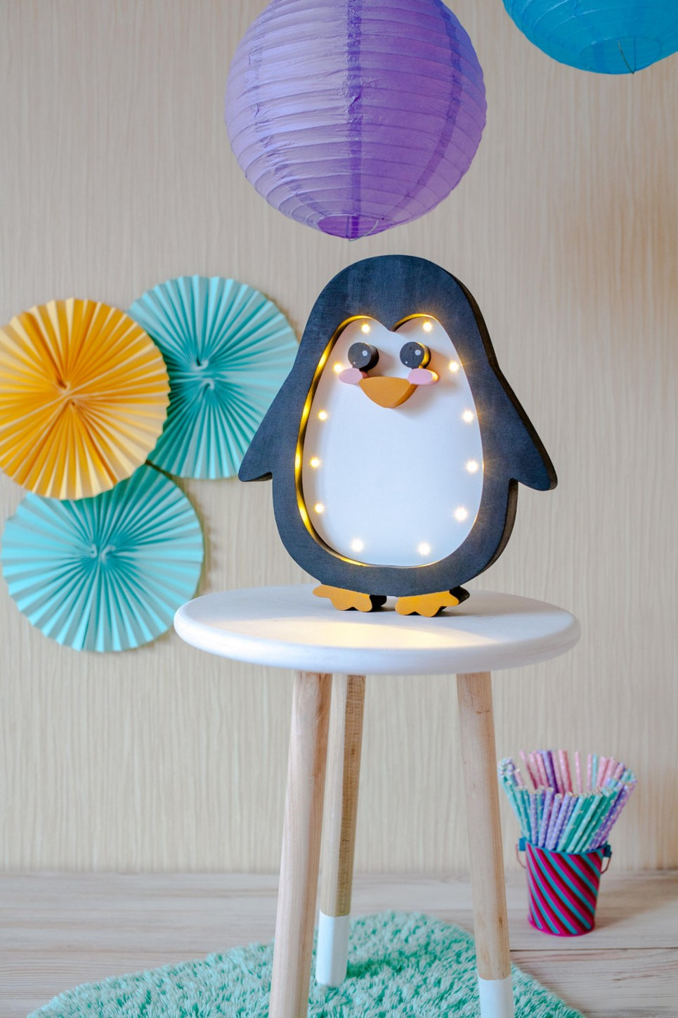 Penguin Decorative Night Light – 2