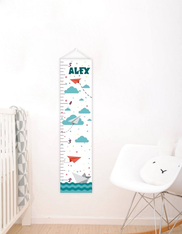 A perfect way to keep track of your little one's growth, the Nautical Personalised Baby Growth Chart will brighten up any child's bedroom as well as provide a fun way to measure height.