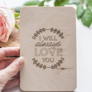 A beautiful valentines card to let a special someone know how you feel, the 'I Will Always Love You' Valentine's Wood Card is a beautiful keepsake for this Valentine's Day.