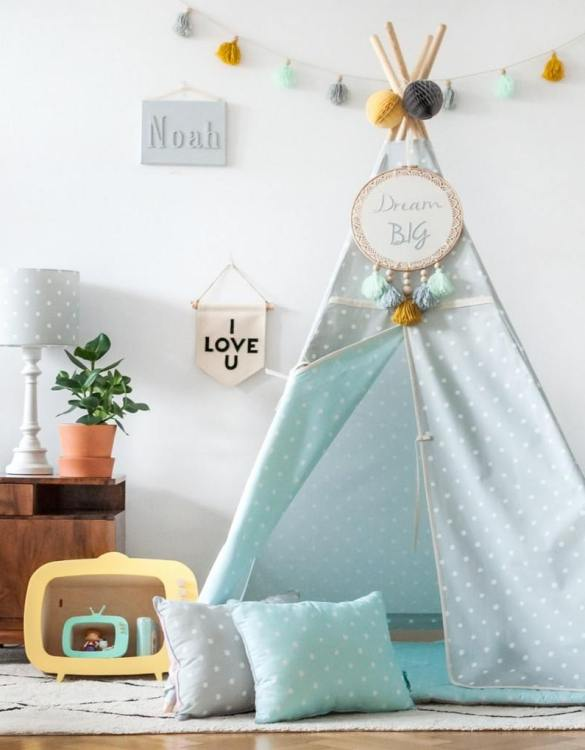 The perfect setting for imaginative play, the Lovely Dots Mint & Grey Children's Teepee is as good to look at as to play in. It can easily be used inside your home or in the garden as well as on the terrace.