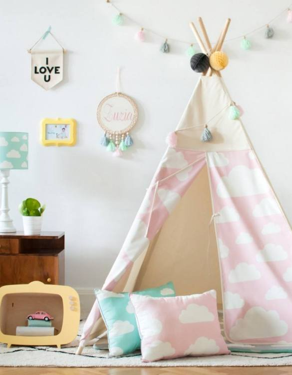 The perfect setting for imaginative play, the Pink Clouds Children's Teepee is as good to look at as to play in. It can easily be used inside your home or in the garden as well as on the terrace.
